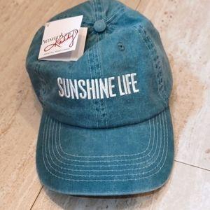 NWT Sunshine Life Hat